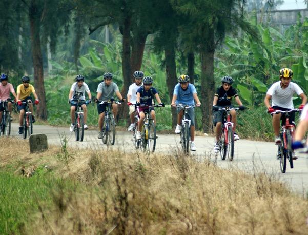 Students Cycling South China